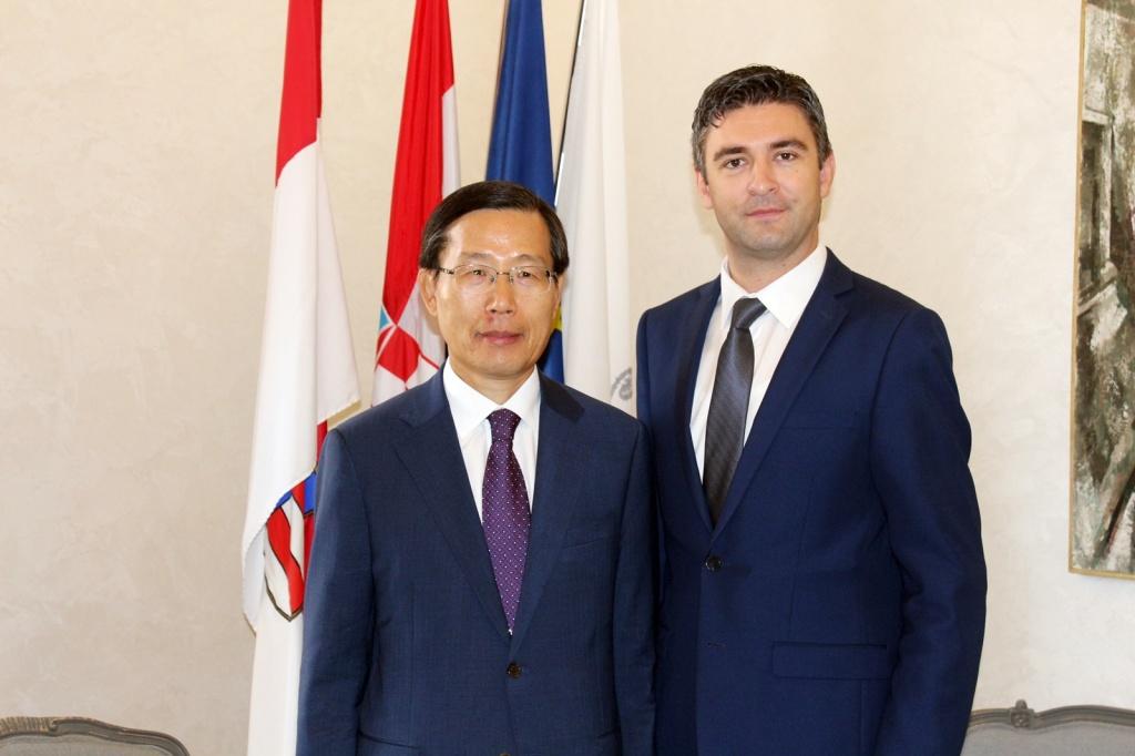 Veleposlanik Republike Koreje u Hrvatskoj na prijmu kod gradonačelnika Frankovića